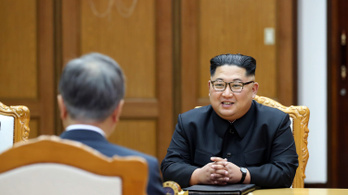 Koreai-csúcs: úgy találkoztak, mintha ez mindennapos volna