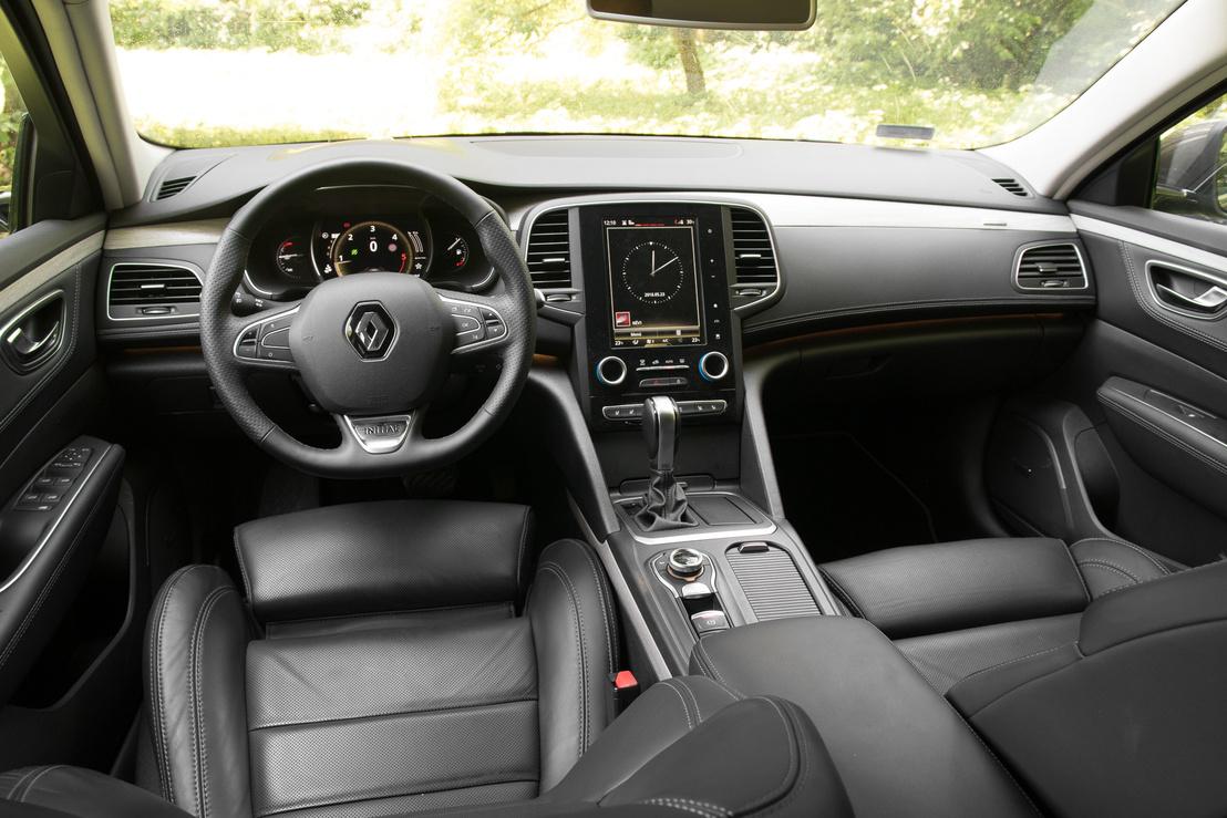 Ha csak egy nagyobb kép részleteként pillantom is meg a Renault infotainment rendszerét, már kezdek ideges lenni