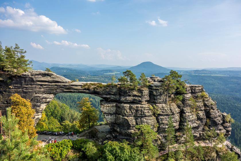 A Cseh Svájcot még nem kapták fel a turisták: kanyonok, hűvös völgyek, mesés kilátás