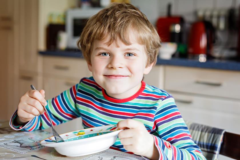 Holnaptól imádni fogja a főzeléket: így kedveltesd meg a gyerekkel