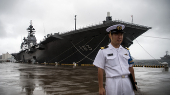Japán óriási anyahajókat építene