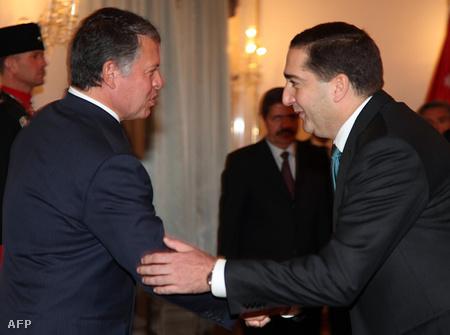 Abdullah király  és Szamir al-Rifai miniszterelnök