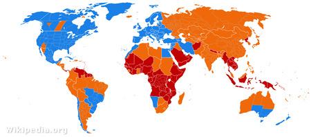 Téli-nyári időszámítás a Földön. Kék: van óraátállítás, narancs: volt de már eltörölték, piros: nem volt soha (Forrás: wikipedia)