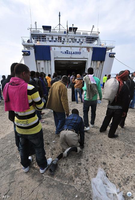 Ezt azzal indokolták, hogy különben humanitárius válsághelyzet alakulna ki.