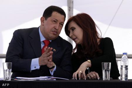 Hugo Chávez venezuelai elnök és Crisina Kirchner argentin elnök