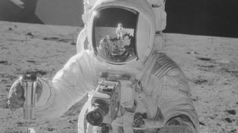 Nála jobban senki nem festette meg a Holdat
