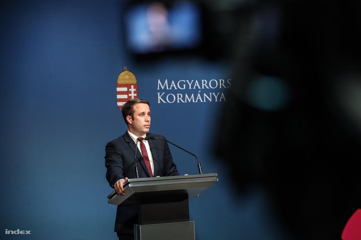 Dömötör Csaba sajtótájékoztatója 2018. május 29-én