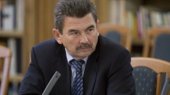 Elhunyt Mosonyi György, a Mol fb-elnöke