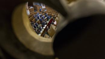 Összeültek a pártok a Stop Sorosról egyeztetni
