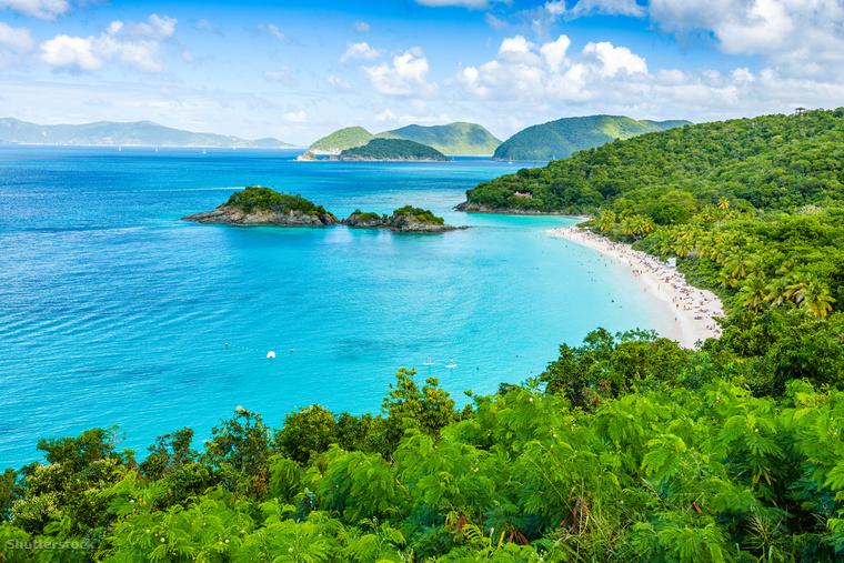 A világ - de legalábbis a Karib-térség - legfotogénebb strandja az Amerikai Virgin-szigetek található Virgin-szigetek Nemzeti Park északnyugati partszakasza
