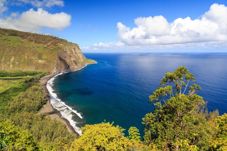 A Hawaii Waipio-völgyben található strandhoz nem egyszerű eljutni