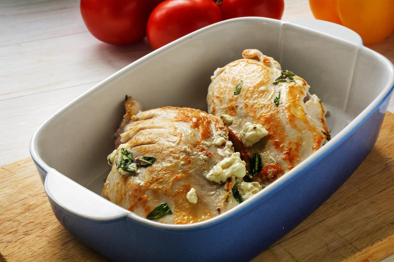 Feta sajtos csirkemell mediterrán fűszerekkel - Töltve még jobb
