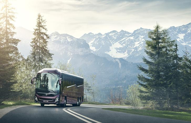 Az új csúcsmodell: a Volvo 9900-as