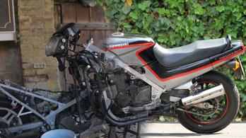 Ilyen volt, ilyen lett: elkészült a felújítós Kawasaki GPZ500S