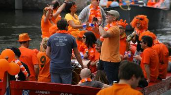 Kampányba kezdett Amszterdam a túl kész turisták miatt