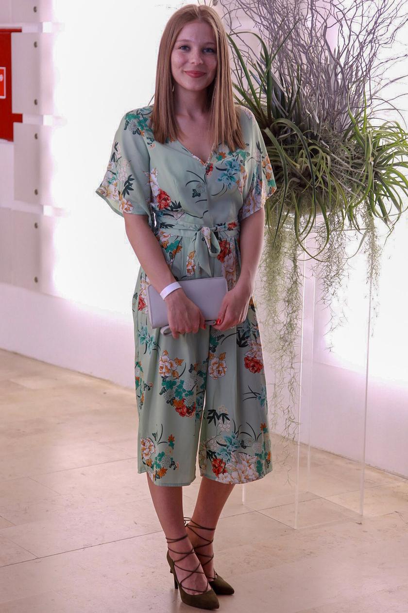 Munkácsy Kata idén áprilisban a Daalarna Fashion Show-n, ahol ő is kíváncsi volt a legújabb esküvői ruhakollekcióra.
