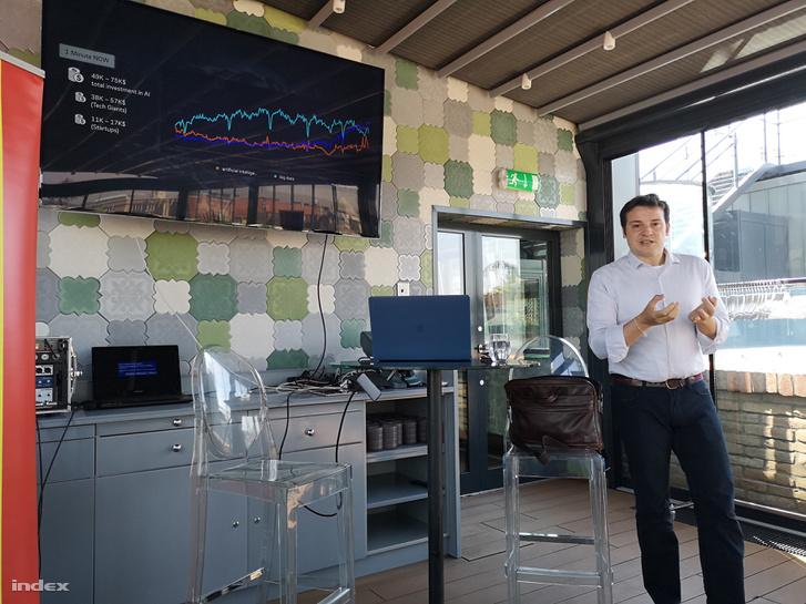 Dr. Juan Bernabé-Moreno, az E.ON energiacég adatelemző egységének vezetője