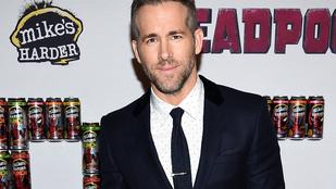 Ezért vannak Ryan Reynoldsnak zabálnivalóan apró babalábai