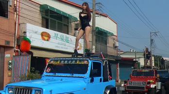 Mit keresnek a sztriptíztáncosok a tajvani temetéseken?