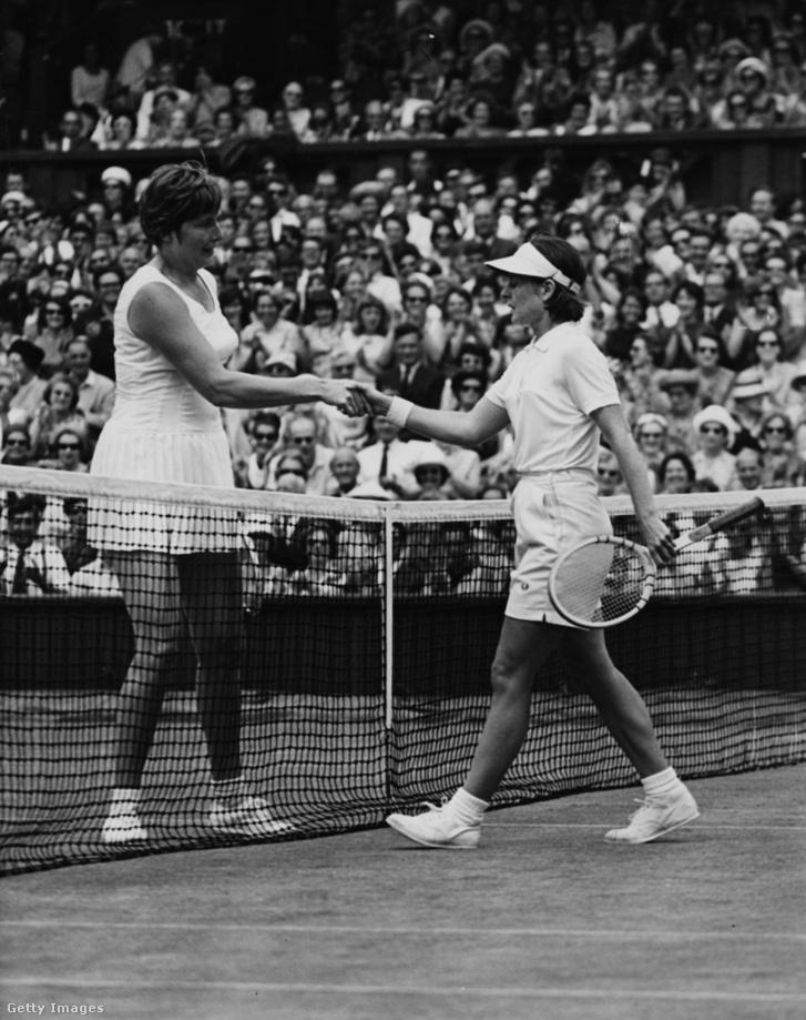 Christine Truman és Nancy Richey Wimbledonban 1964-ben.