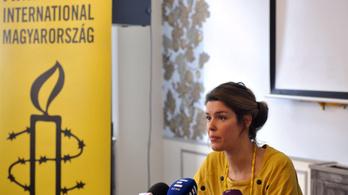 Elfáradt, távozik a magyar Amnesty vezetője