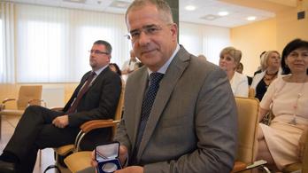 Kósa Lajost is kitüntették pedagógusnap alkalmából Debrecenben