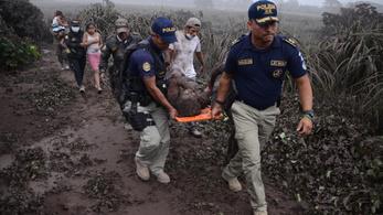 Kitört Guatemala legveszélyesebb vulkánja