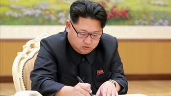 Katonai csúcsvezetőket tett lapátra Kim Dzsongum