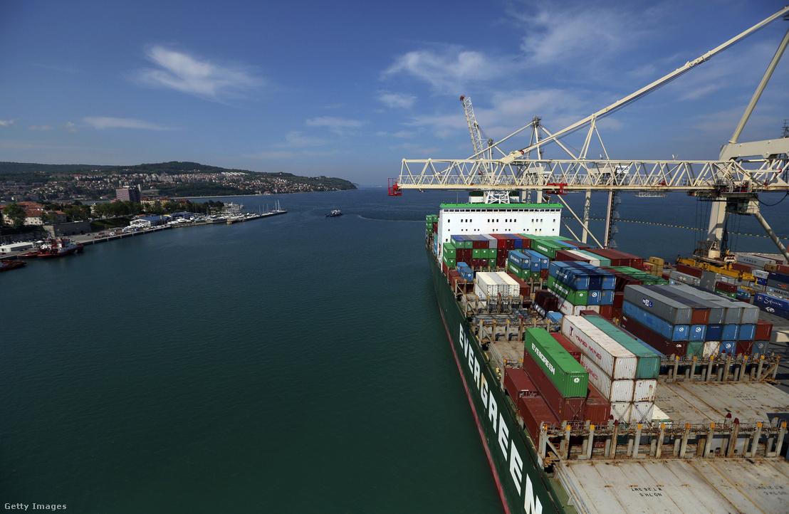 Koperi kikötő Szlovénia egyetlen tengeri kereskedelmi kikötője