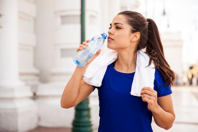 4 trükk a zsírégetés felpörgetésére nagy túlsúlynál - Már az is segít, ha megemeled a napi vízadagodat