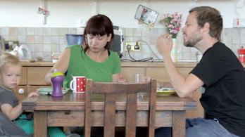 Mi lesz a nagyszülőkkel, ha külföldre költözik az unoka?