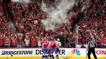 76 éve nem látott csoda kéne a Vegasnak az NHL-ben