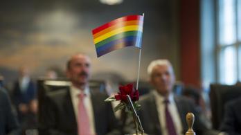 Fontos döntést hozott a melegházasságról az EU bírósága