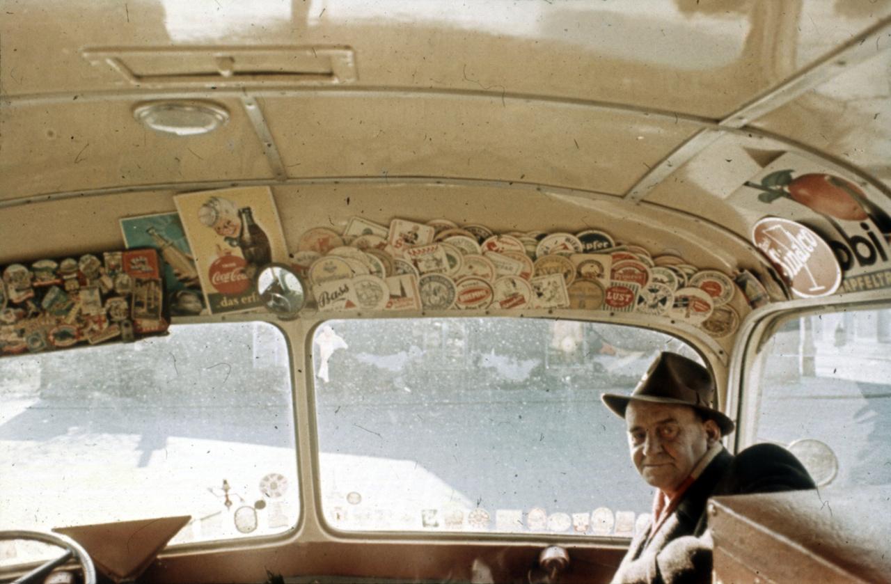 A busz belülről