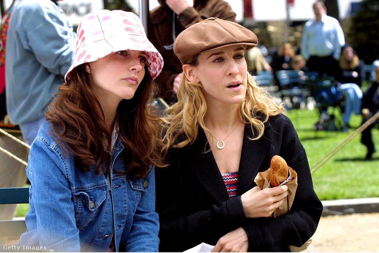 A négy barátnő közül egyedül Charlotte vágyott gyerekre, de a sorozatban nem esett teherbe, csak később a moziflmben.