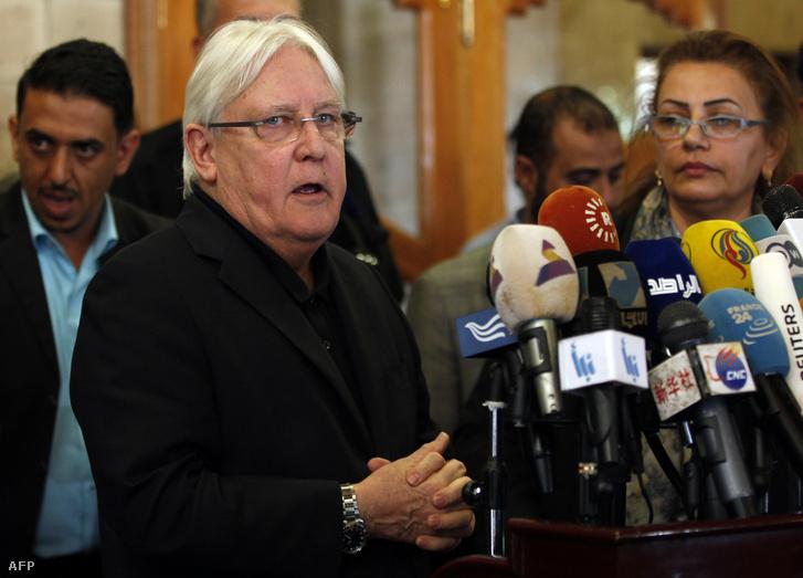 Martin Griffiths sajtótájékozattót tart Szanaa-ba 2018. március 24-én