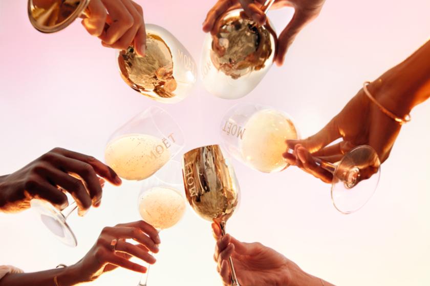 Így idd jéggel a pezsgőt - Nem, már egyáltalán nem tabu