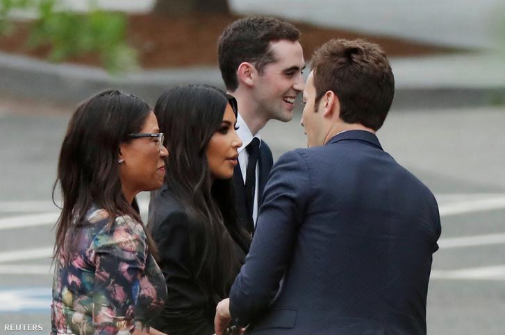 Kim Kardashian távozik a Fehér Házból 2018. május 30-án