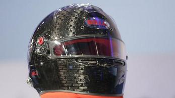 Új F1-sisak: mintha lőrésen néznél ki