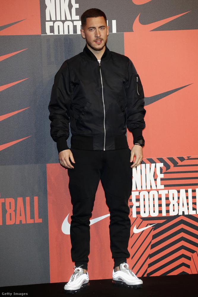 Harmadik tényEden Hazardnak van három öccse, ők is mind profi futballisták: Thorgan, Kylian és Ethan