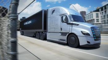Jön a Tesla Semi riválisa a Daimlertől