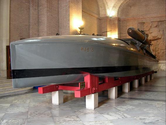 A MAS-15 ma múzeumhajó Rómában