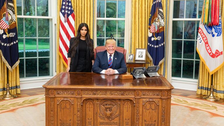 Az EU nem veszi föl Kim Kardashiant hivatalos tárgyalónak