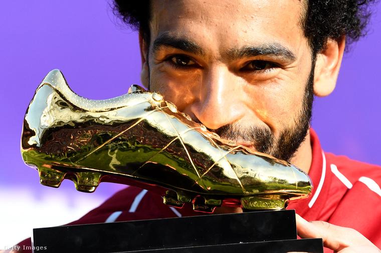 Kilencedik tényMohamed Szalah aranycipő kitüntetést kapott a 2017-2018-as szezon lezárultával.