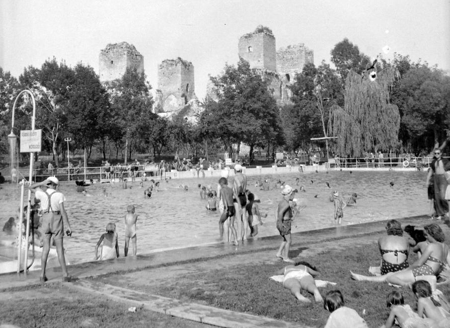 Diósgyőri strand, 1950.