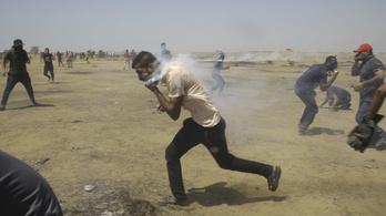 Több palesztint is agyonlőttek a Gázai övezetben kiújult tüntetésen