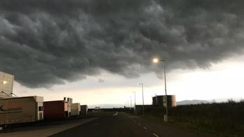 Négyen meghaltak a vihar miatt, és újabb roham érkezik