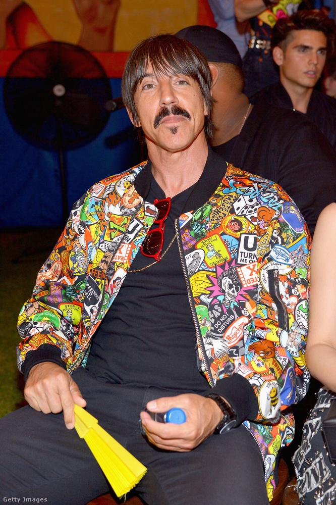 Lehet, hogy éppen Anthony Kiedis mellett ült a Red Hot Chili Peppersből.