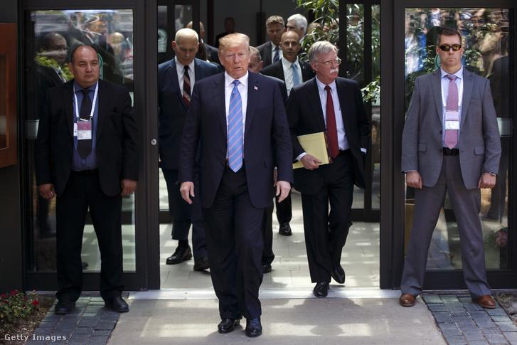Trump távozik a G7-ről