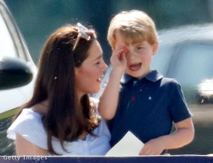 De persze egy királyi családi nap se mehet le némi sírás nélkül.